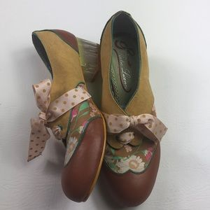 Anthropologie Poetic License London floral oxfords